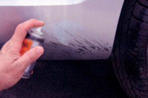 главные вредители краски кузова, что больше всего вредит лакокрасочному покрытию кузова, птичий помет вредит краске автомобиля, смола вредит краске кузова, яйцам вредят кузову автомобиля, что вредит кузову автомобиля, появление ржавчины, как избежать появления ржавчины, как избежать порчи лакокрасочного покрытия
