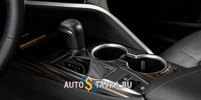 Mazda 6, тест-драйв Mazda 6, Toyota Camry, обновленная Toyota Camry, Toyota Camry V6, Mazda 6 против Toyota Camry